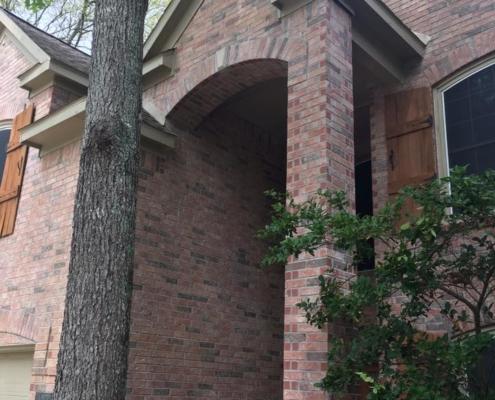 brick exterior column